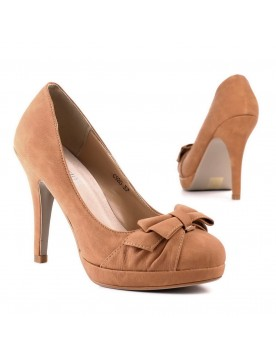 Pumps, camel